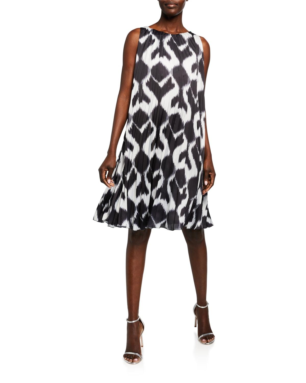 Darby Geo Printed Plisse Shift Dress