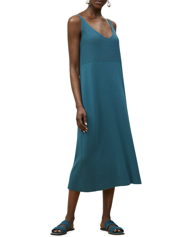 Textured-Stitch V-Neck Midi Dress