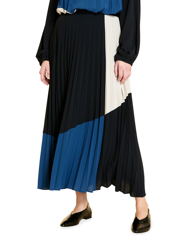 Plus Size Calypso Long Pleated Skirt